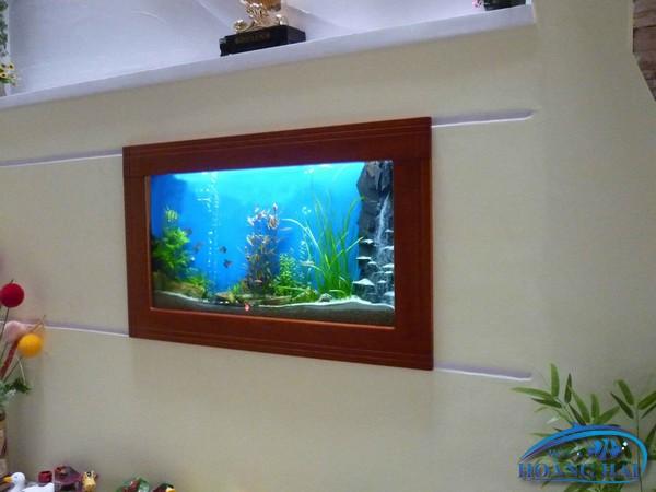 ho-ca-treo-tuong-1495 Thi công hồ cá treo tường thẩm mỹ cao giá rẻ