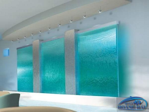 thac-nuoc-tren-kinh-8643 Thiết kế thác nước trên kính đẹp ngôi nhà bạn